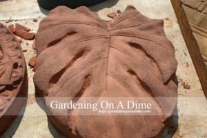DIY Concrete Philodendron Stepping Stone