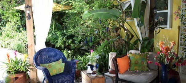 Summer-Garden-Entertainment